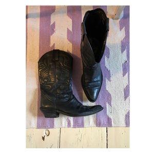 Gorgeous Black Leather Cowboy Boots